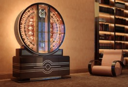 Should Watches Be Stored On Winders? (The Hour Glass)